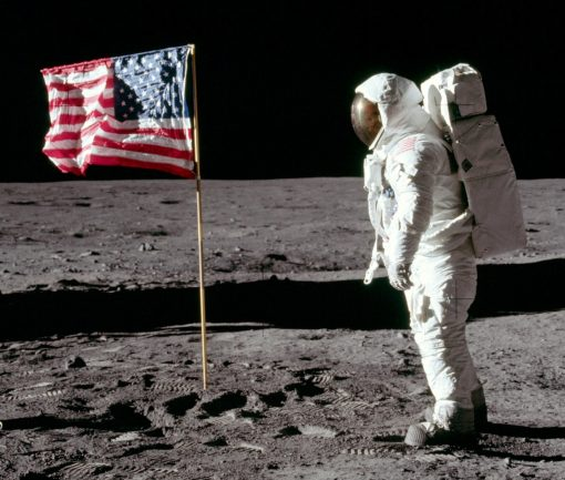Moon Landing Conspiracy Theorists : This ain't Hell, but you can see